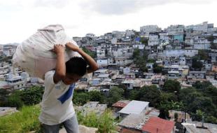 Guatemala: La danza de los amparos